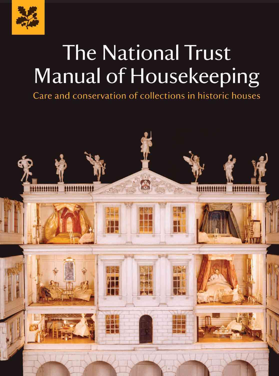 The National Trust Manual of Housekeeping By National Trust (COR)